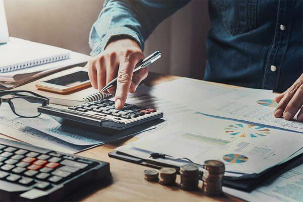 How to Plan an IT Budget (With Samples)
